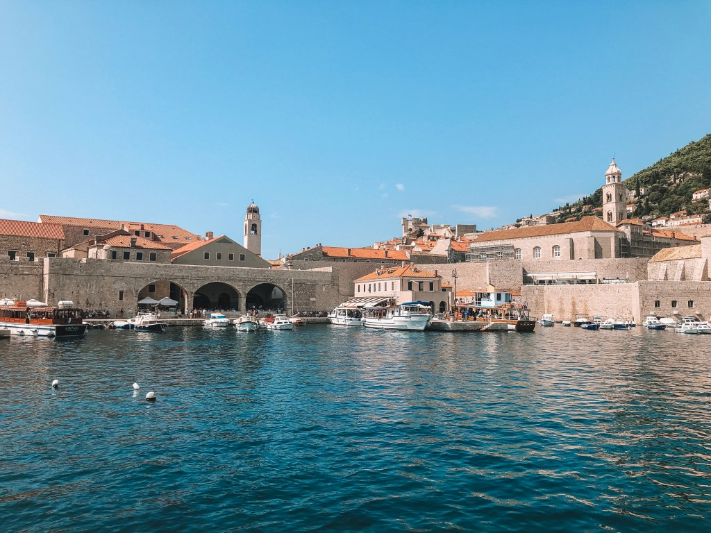 The harbor of Dubrovnik | Dubrovnik City Guide | Layla Rosita, www.laylarosita.com