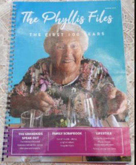 Fabulous Phyllis1