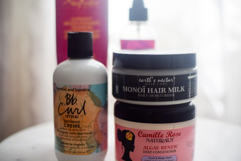 curly hair moisturized, summer natural hair care