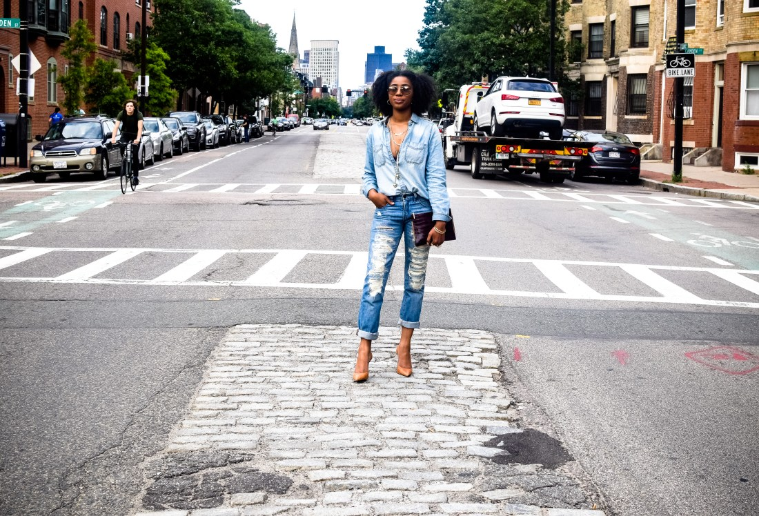 chambray top, denim vibes, how to wear chambray shirt
