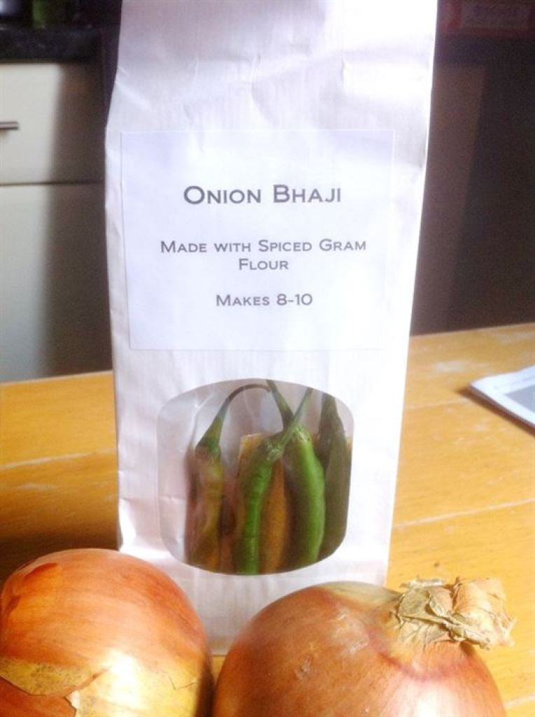 Recipe Shed Review: How to make¦Hares Moor Onion Bhajis, Lay The Table