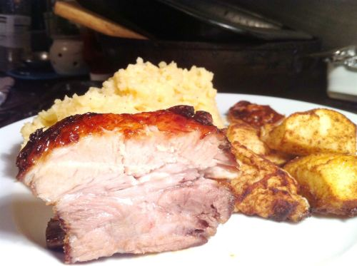 Gok Wans Sticky Pork Belly with Five-Spice Apple Wedges, Lay The Table
