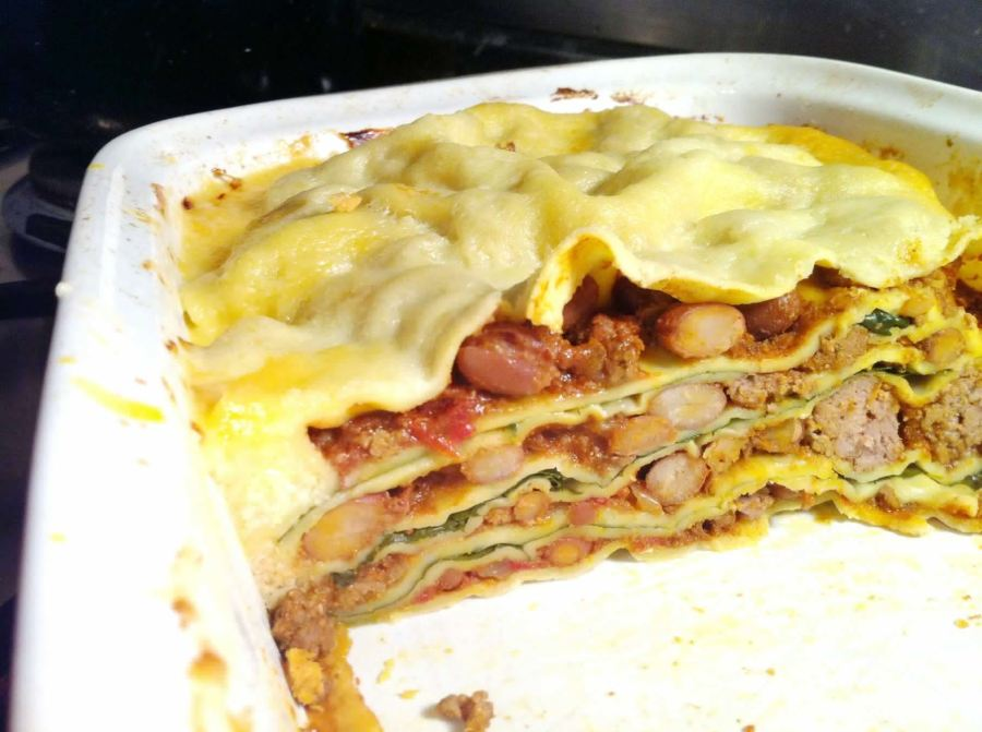 Spicy Latin Lasagne with Manchego Cheese Sauce, Lay The Table