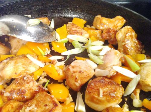 Review: Hello Fresh Sichuan Chicken with Orange Pepper and Roasted Peanuts, Lay The Table