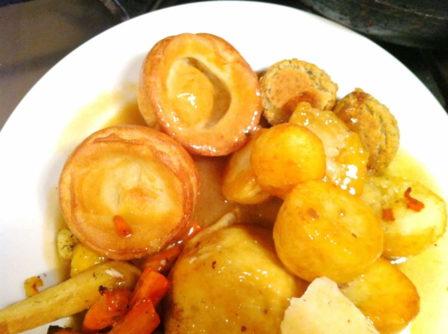 Lemon & Garlic Roast Chicken with Aunt Bessies Roasties and Yorkshire Puddings, Lay The Table