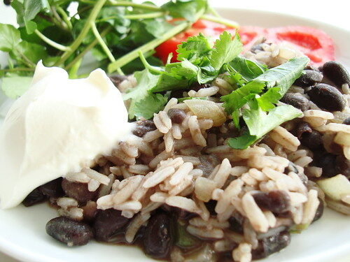 How To Make Costa Rican Gallo Pinto, Lay The Table