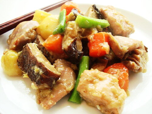 How To Make Chinese Chicken and Potato Stew, Lay The Table