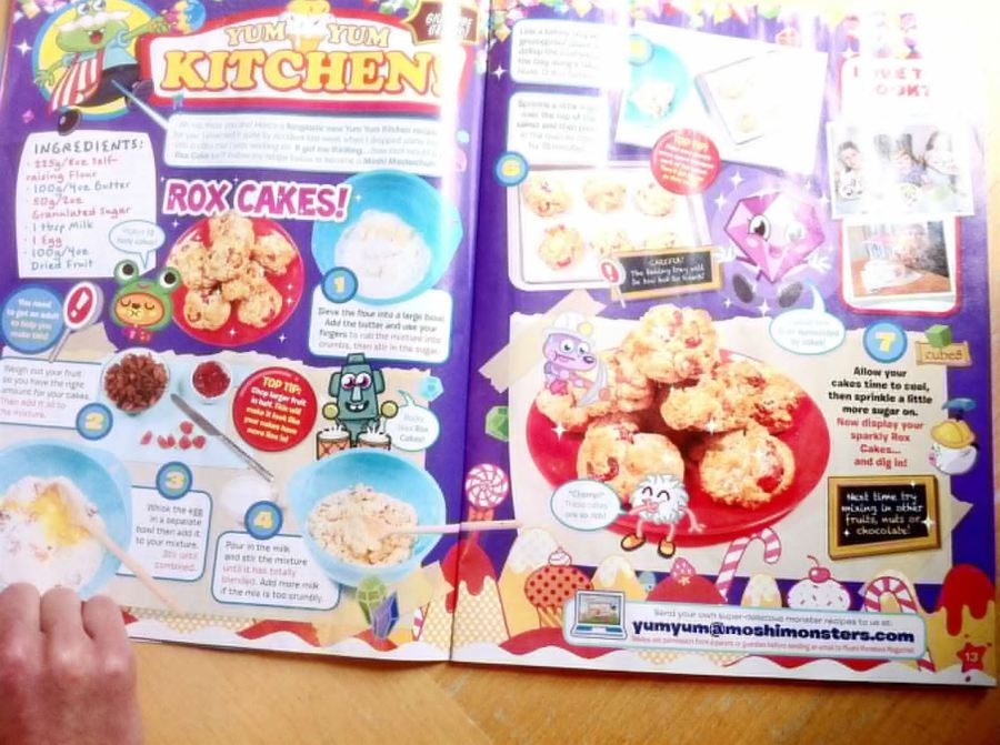 Moshi Monsters Fruit n Nut Rox Cakes, Lay The Table