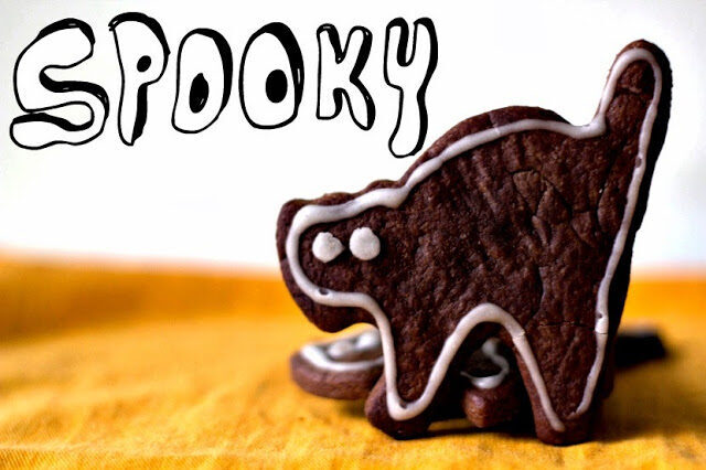 Spooky Black Cat Cookies, Lay The Table