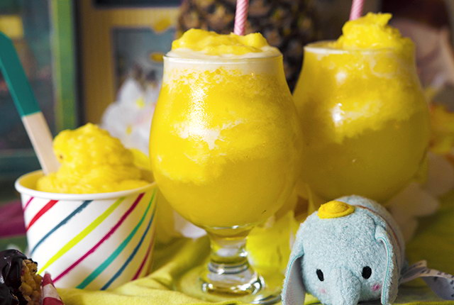 Lay The Table's Disneyland Week: Champagne Dole Whip Floats, Lay The Table
