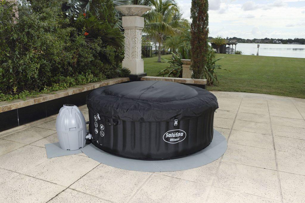 tapis de sole pour spa gonflable lay