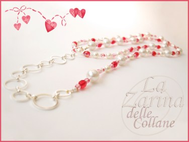 collana cristalli fucsia, cristalli fuxia, collana lunga perle, collana catena perle, collana catena e cristalli,