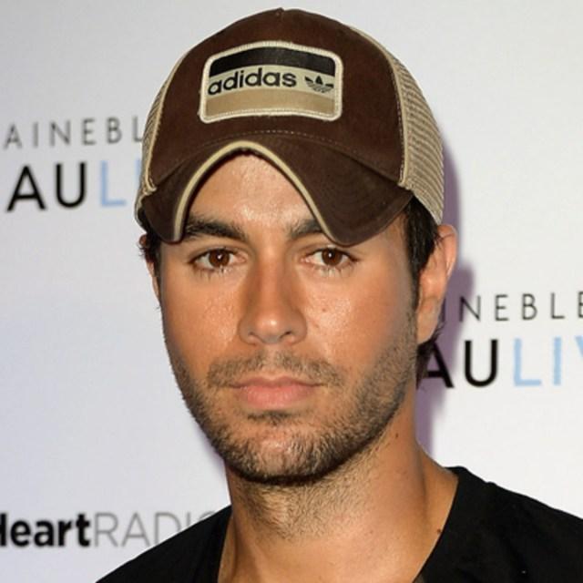 Enrique Iglesias anuncia fecha de lanzamiento de su tema «El Baño» featuring Bad Bunny