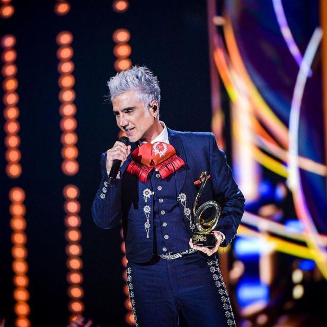 Alejandro Fernández celebrará a las mamás con concierto virtual