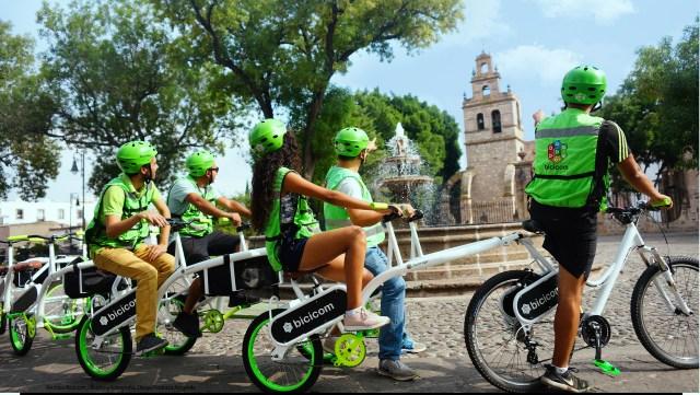 Ponen vallas para peatones en la Avenida Madero pero Bici Oruga «se apodera» del espacio