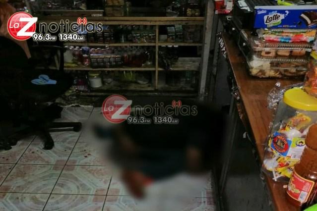 Mueren jefe de tenencia de Ichán y su hijo tras atentado a balazos