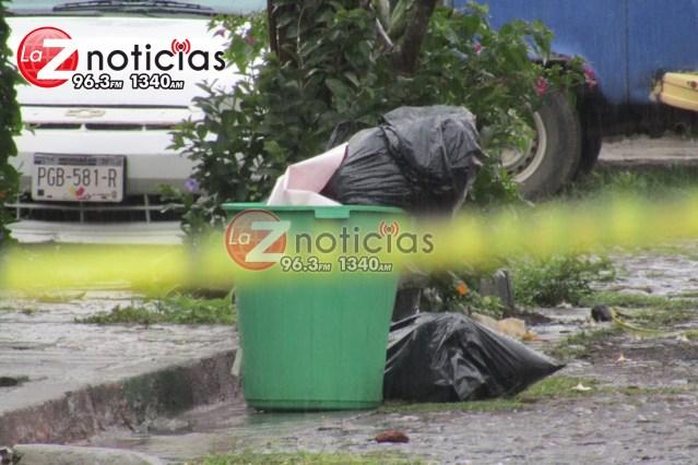 Localizan restos humanos embolsado y con narcomensaje en la colonia El Valle de Zamora