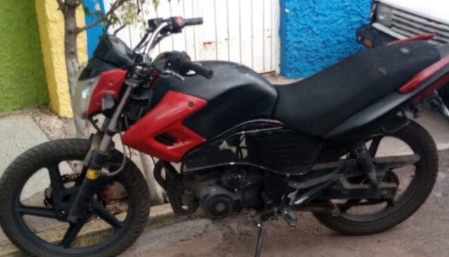 Localiza SSP motocicleta con reporte de robo, en Zamora