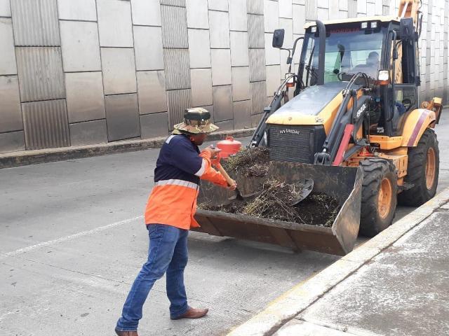 Gobierno de Morelia realiza constantes jornadas de limpieza en vialidades del municipio