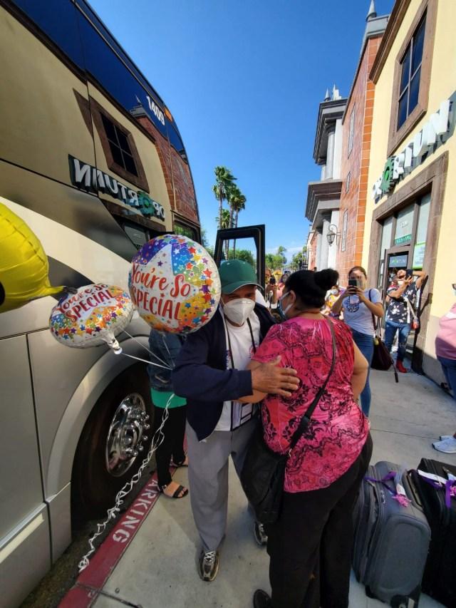 Se reencuentran Palomas Mensajeras con sus familiares en Estados Unidos