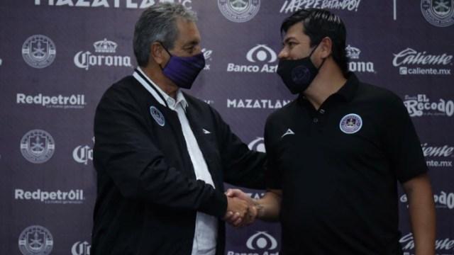 Mazatlán FC presentó a Tomás Boy como su nuevo entrenador