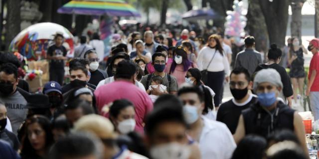 México, peor lugar en manejo de COVID-19: Bloomberg