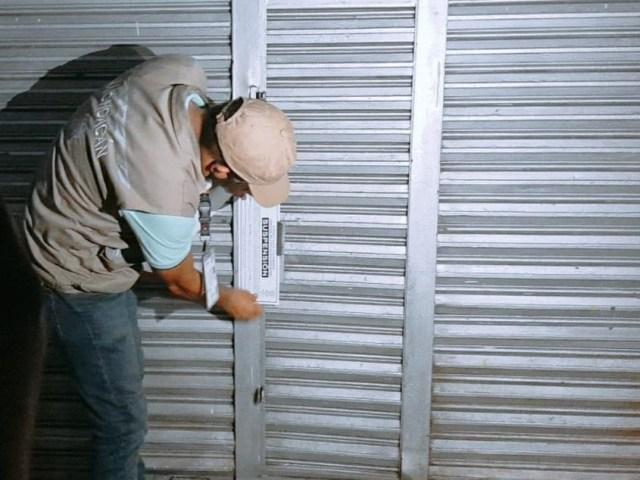 Suspenden Guardianes de la Salud cuatro establecimientos en Puruándiro