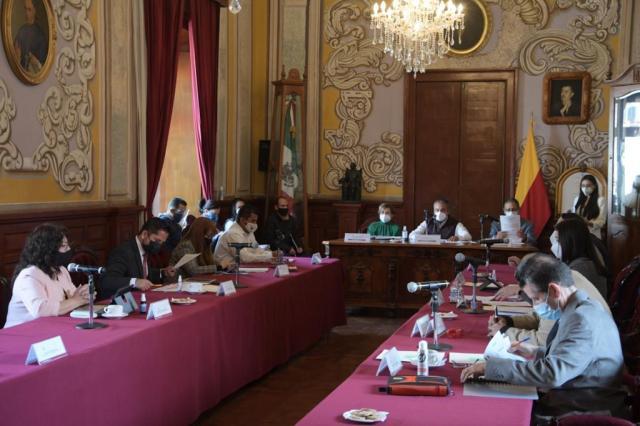 Aprueba Cabildo propuesta de Raúl Morón para que trabajadores del Ayuntamiento accedan a pensión vitalicia