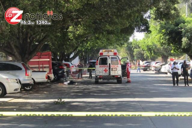 Pareja es asesinada mientras lavaba un auto en las afueras de la Plaza Las Palomas