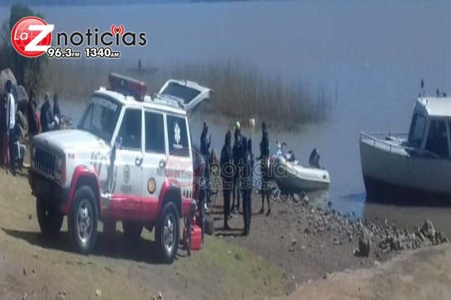 Pescador cae a las aguas del Lago de Pátzcuaro, está desaparecido