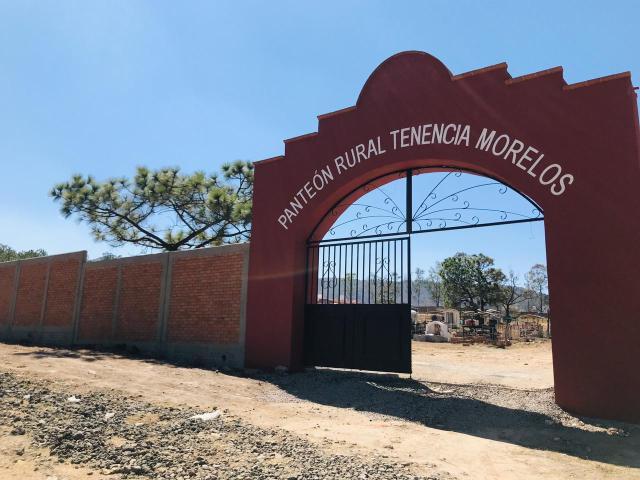 Gobierno de Morelia consolida desarrollo rural, concluye obra en panteón en Tenencia Morelos