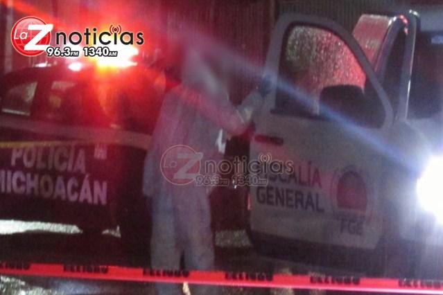 Hallan a 2 hombres calcinados dentro de vehículo quemado en Cuitzeo