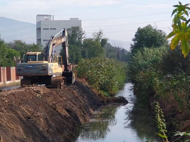 Gobierno de Morelia atiende permanentemente  limpieza profunda en drenes