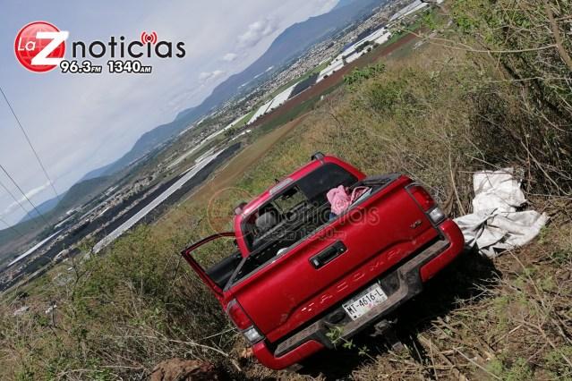 Se enfrentan delincuentes en Tangancícuaro; hay un muerto