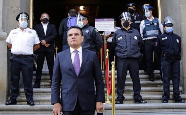 Gobernador de Michoacán acude a la SCJN para pedir anular elección