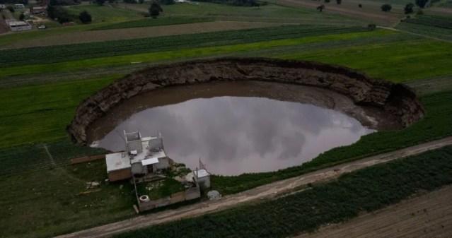 El socavón de Puebla es por saqueo de agua, afirma Politécnico