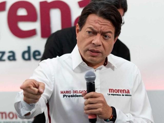 Acusa Mario Delgado al INE de no permitir promoción de consulta en prensa escrita