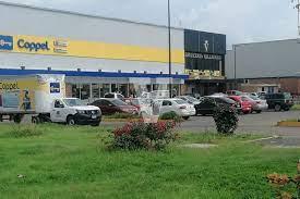 Adulto mayor muere en estacionamiento de una plaza comercial de Morelia