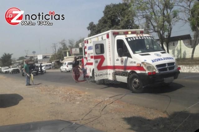 Mujer queda gravemente herida al ser arrollada en Lázaro Cárdenas