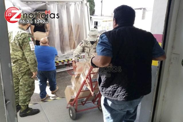 Llegan 133,380 nuevas dosis de vacuna Pfizer y 91,700 más de Astrazeneca a Michoacán