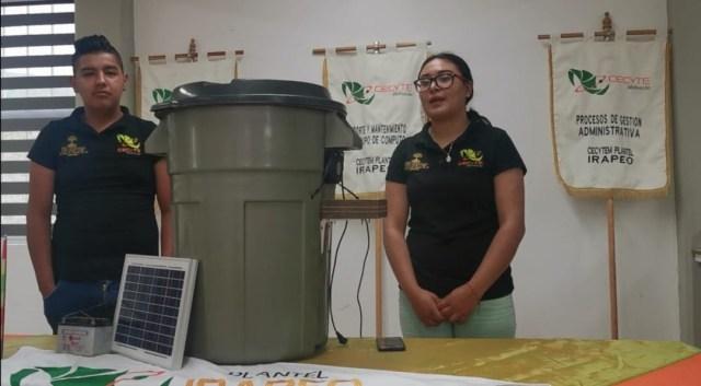 Estudiantes del CECyTEM de Irapeo ganan medallas y acreditaciones en Feria de Ciencia en Colombia