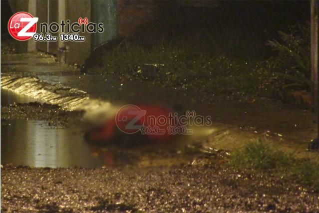 Hombre desconocido es asesinado en las calles del Fraccionamiento Valle Dorado