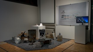 """Thomas Thwaites, The toaster project, 2011