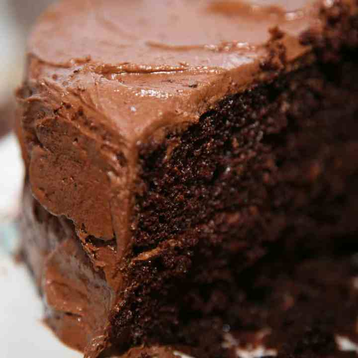 The Best Keto Chocolate Cake -  Low Carb Recipe