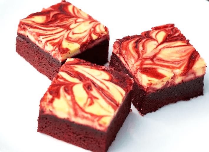 keto red velvet cheesecake brownies