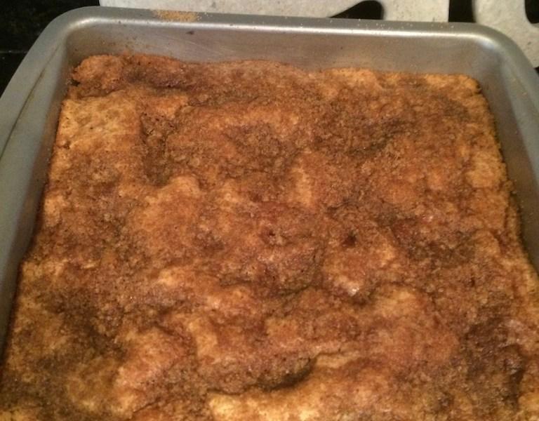Apple-cinnamon coffee cake