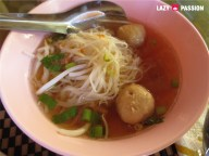 noodle soup with fishballs