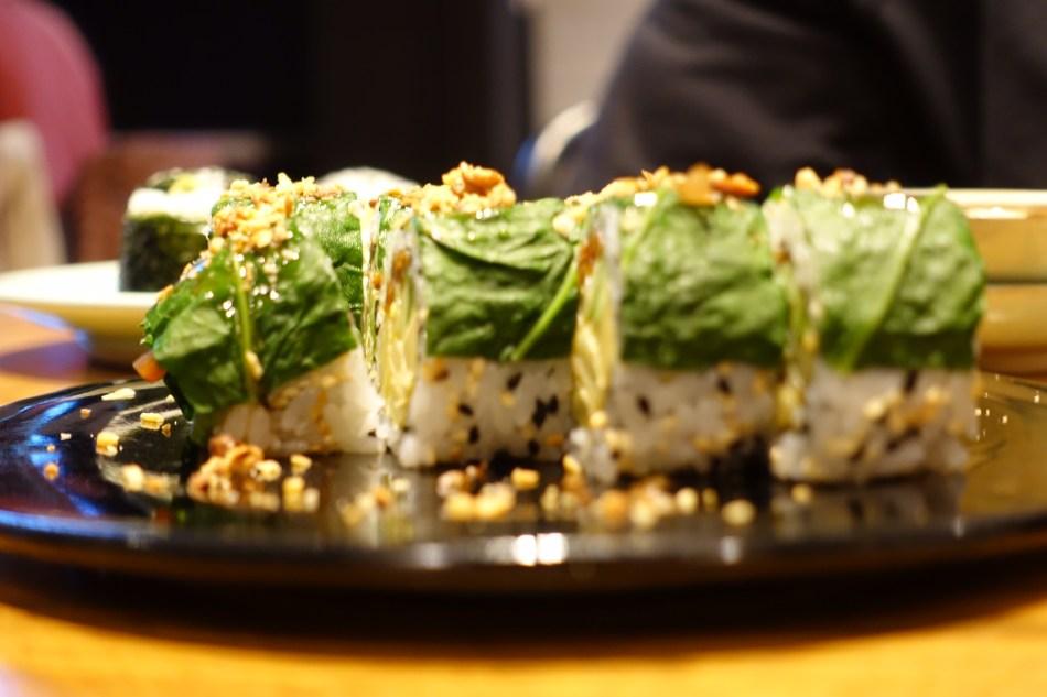 Youmiko Vegan Sushi - vegańskie sushi w centrum Warszawy - najlepsze sushi wegańskie