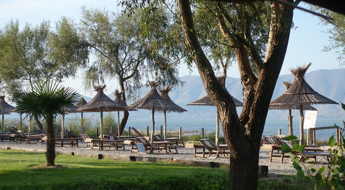 Albania - kemping nad jeziorem Szkoderskim - Lake Shkodra Resort