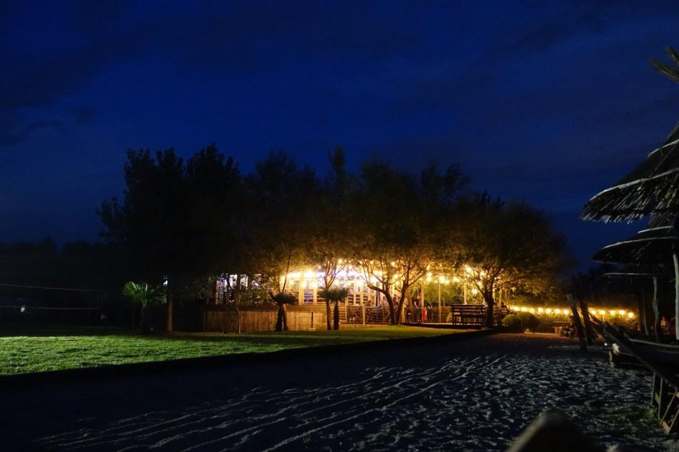 Lake Shkodra noc restauracja
